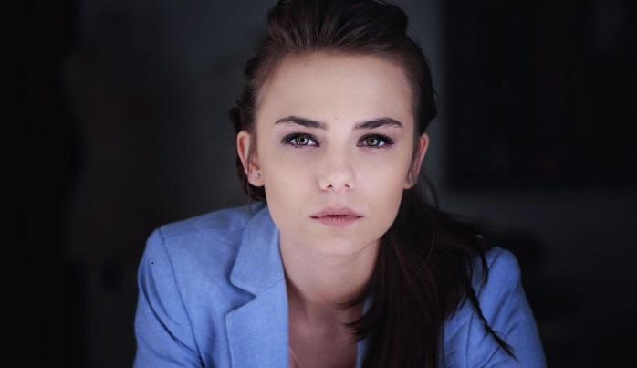 """Photo of Bahar Şahin """"Kayıt Dışı"""" dizisinin oyuncu kadrosunda"""