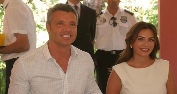 Photo of Ünlü iş adamı Sadettin Saran boşanıyor