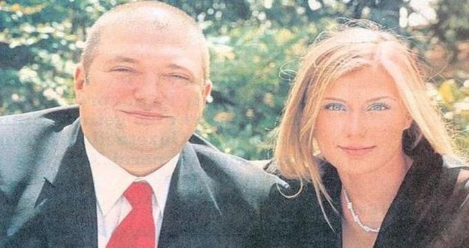 Photo of Özlem Kızılkaya Uzan'ın boşanma macerası yılan hikayesine döndü