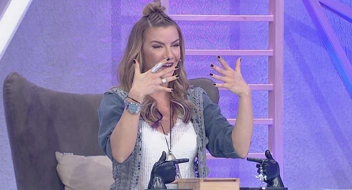 Photo of İvana Sert sinemaya göz kırpıyor… Hangi filmde oynayacak?