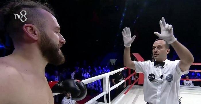 Photo of Nakavt sonrası Sami Levi'den ilk açıklama… Boxun Yıldızları'na devam edecek mi?