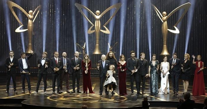 Photo of İşte 44. Pantene Altın Kelebek Ödülleri'ni alan isimler