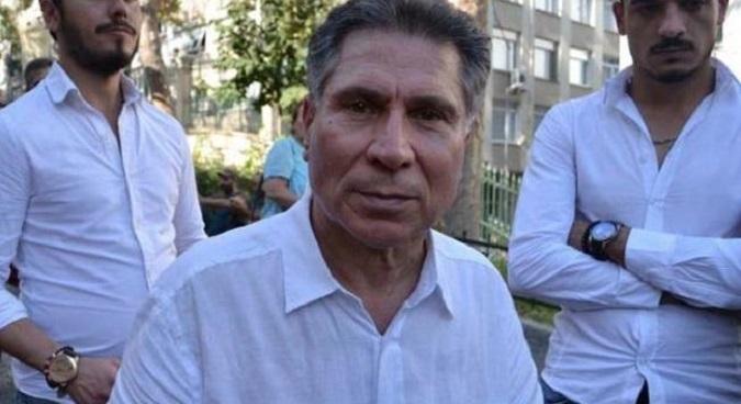Photo of Ahmet Hakan'dan sonra Hayta İsmail'e bir kapak da Özay Şendir'den…