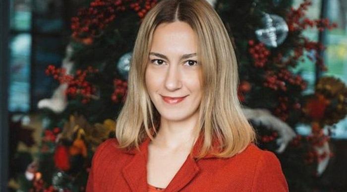 Photo of Hürriyet Kelebek yazarı Melike Karakartal'dan zor veda