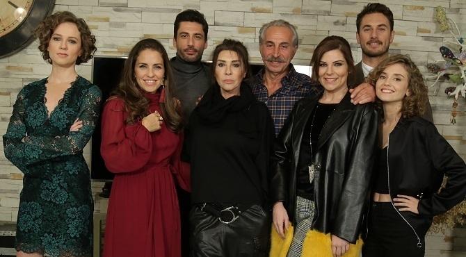Photo of Show TV'nin yeni dizisi Yuvamdaki Düşman'ın başrol oyuncuları belli oldu