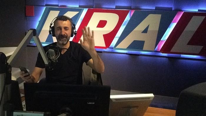 Photo of KRAL FM'de tepkilere neden olan Afrikalı Ali'nin programının akıbeti belli oldu