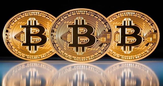 Photo of Kripto para dünyası alarm veriyor… Bitcoin'de büyük çöküş