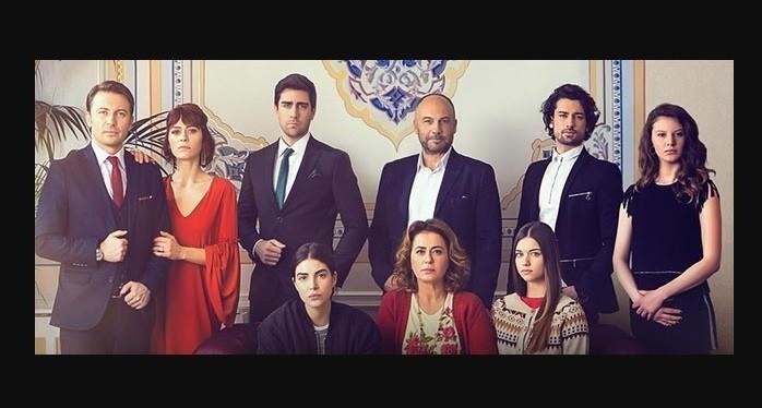 Photo of Fazilet Hanım ve Kızları'yla ilgili sosyal medyaya düşen görüntülere Avşar Film'den kritik açıklama