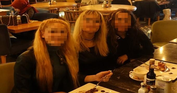 Photo of Avusturyalı kızlar Adnan Hoca'nın kediciği mi oldu?