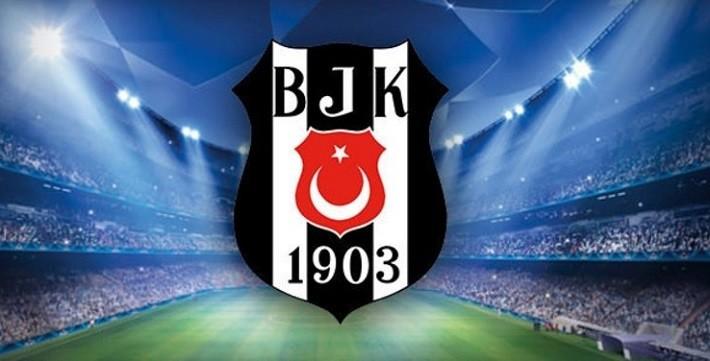 Photo of Beşiktaş B. Münih maçında sahaya giren kediyi arıyor