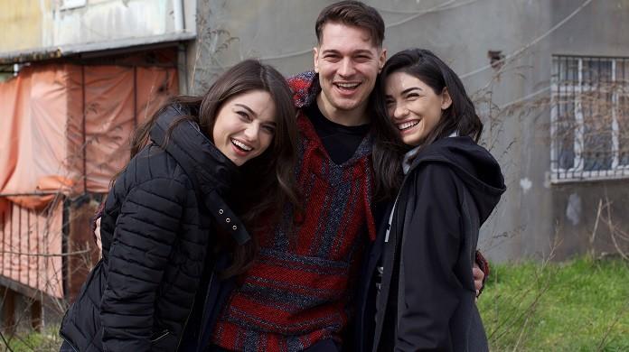 Photo of Çağatay Ulusoy'un oynayacağı Netflix'in ilk Türk dizisinden yeni detaylar