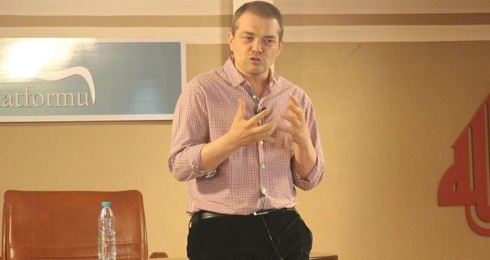 Photo of Caner Taslaman, hakkında soruşturma açılan Nurettin Yıldız'a destek verdi