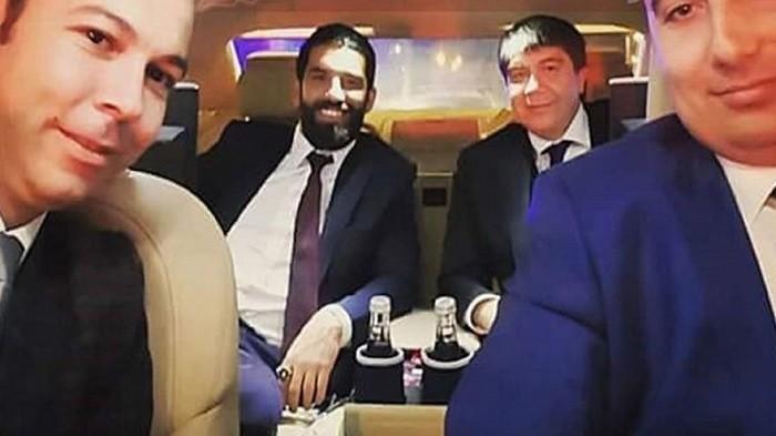 Photo of Arda Turan ve Menderes Türel'li fotoğraf tazminat konusu oldu