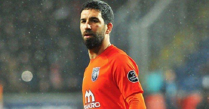 Photo of Başakşehir Kulübü'nden Arda Turan için beklenen ceza açıklaması geldi