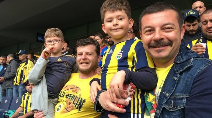 Photo of Ünlü yönetmen Murat Şeker'den Fenerbahçelilerin gönlüne taht kuracak proje