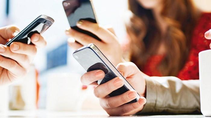 Photo of Yurt dışından getirilen telefon harç ücretlerine zam…İşte yeni harç ücreti