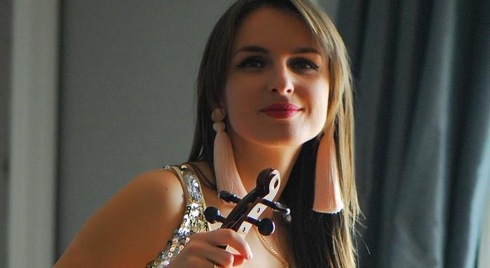 Photo of Keman virtüözü Kate İstanbullulara müzik ziyafeti sunmaya hazırlanıyor