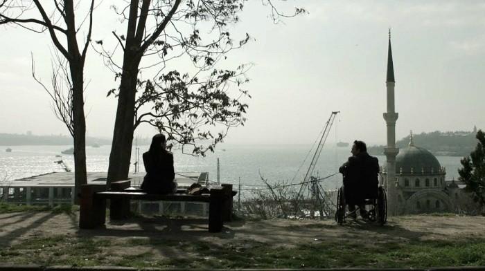Photo of Onur Ünlü'nün anlaşılamayan filmi: Put Şeylere