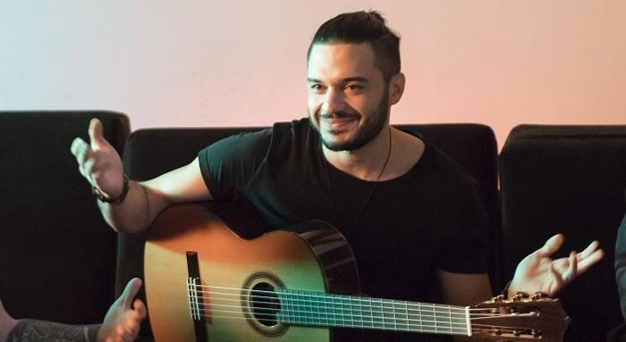 """Photo of İlyas Yalçıntaş yeni single'ı """"Bilmece""""nin klibini çekti"""
