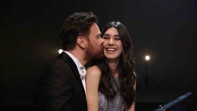 Photo of Boşanacakları iddia edilen Sinan Akçıl ve Burcu Kıratlı Cumhurbaşkanı Erdoğan'ın iftarında