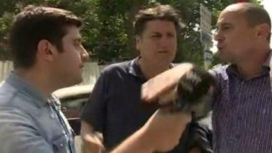 Photo of TGRT Haber ekibine canlı yayında saldırı