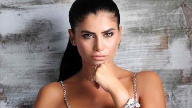 Photo of Berna Tan'ın Kına şarkısı YouTube'dan neden kaldırıldı?