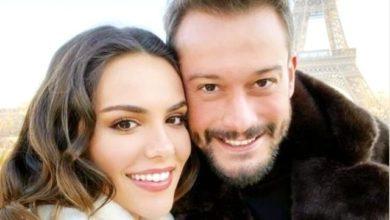 Photo of Özkü Kaya ve Burak Serdar Şanal aşklarını Paris'ten duyurdular